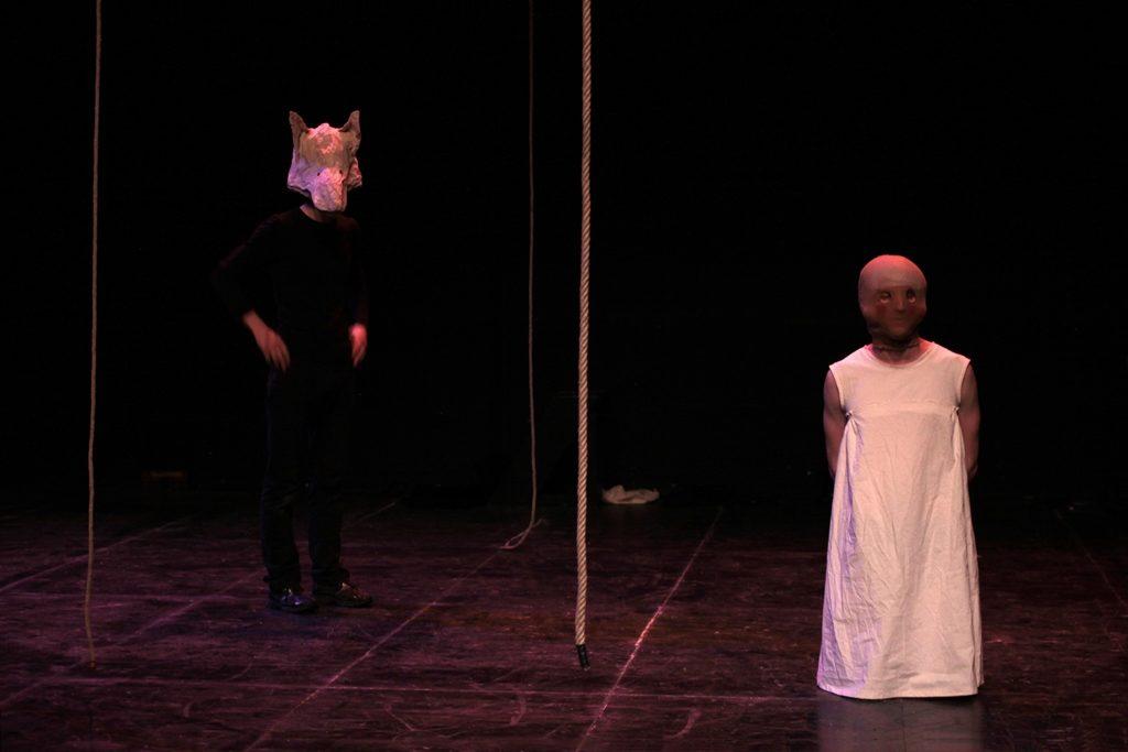Mise en scène de Marguerite Bordat et Pierre Meunier avec les étudiants de la 77ème promotion.  Conception costume: Estelle Boul & Cécile Laborda.  Photo: David Aménian